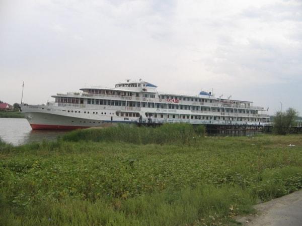 Фрахт яхт и теплоходов Алькор ЮГ